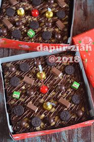 dapur-ziah by mama'e Zie: Brownies Kilap ala Dapur-Ziah Brownies Kukus, Fudgy Brownies, Resep Cake, Asian Cake, Log Cake, Bakery Design, Brownie Cake, Bakery Cakes, Black Forest