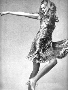 Lauren Hutton by Richard Avedon for Vogue, August 1969