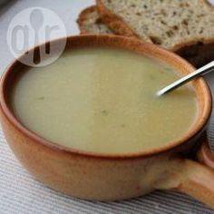 Soupe de pommes de terre et poireaux @ allrecipes.fr