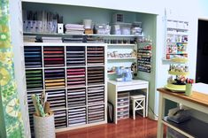 Scraproom: craft room I am sooo jealous of this room! And all her paper! Scrapbook Storage, Scrapbook Organization, Craft Organization, Scrapbook Rooms, 12x12 Scrapbook, Craft Room Storage, Paper Storage, Craft Rooms, Storage Ideas