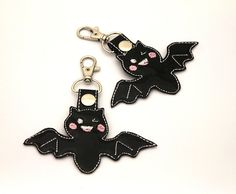 Kawaii Bat Bag charm, Key Ring, Embroidery charms , Animals , Bat Lovers, Small Gifts Animal Key Rings, Vinyl Fabric, Glitter Vinyl, Black Glitter, Small Gifts, Charms, Cute Animals, Lovers, Kawaii