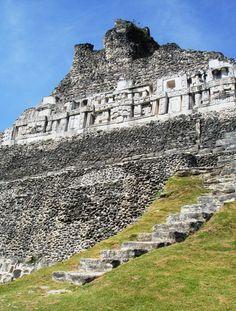 Mayan temple @ Xunantunich, Belize