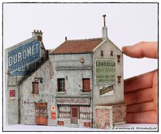 Shed Cladding, Maquette Architecture, Carton Design, Wargaming Terrain, Tiny World, Model Train Layouts, Paper Houses, Paper Models, Model Building