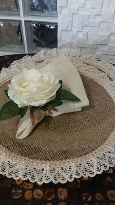 1 million+ Stunning Free Images to Use Anywhere Alpillera Ideas, Sewing Mitered Corners, Built In Wall Units, Deco Champetre, Burlap Bags, Free To Use Images, Creation Deco, Wedding Decorations, Table Decorations