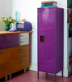 Retro Locker Kitchen Cabinet - Tall at STORE. Free-standing metal kitchen cabinet in the style of an old American school locker. Tall Kitchen Cabinets, Kitchen Units, Kitchen Shelves, Kitchen Storage, Kitchen Ideas, Locker Organization, Locker Storage, Freestanding Kitchen, Metal Lockers