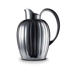 Georg Jensen Bernadotte thermos/pitcher with stopper. An ancient form with a modern twist. This iconic piece, designed by Swedish Prince Bernadotte, is sure to make as big a splash in your home or office today as it did when originally produced in Timeless Design, Modern Design, Nordic Design, Scandinavian Design, Icon Design, Design Design, Interior Design, Tea Pots, Georgia