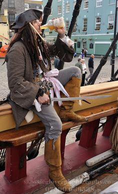 Living history in Plymouth, England. Pirate's, Pilgrims and more historical actors. Call 07538 199 694