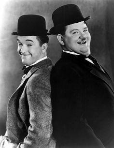 I have a pin ball machine in my living room with these two's faces on it =]  Am schönsten war es, die Filme mit meinem Opa zu gucken und zu lachen, wenn Opa sich amüsiert