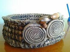 Resultado de imagen de manualidades con trapillo cestas