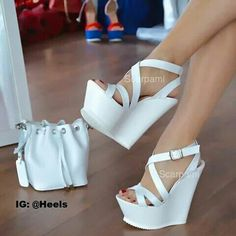 I love these white heels Wooow! I love these white heels White Heels, Black High Heels, Sexy Heels, White Wedges, Strappy Wedges, Hot Shoes, Wedge Shoes, Shoes Heels, Heeled Sandals