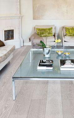Oak parquet SILVER, brushed hard wax oiled. Beautiful two colored grey floor. www.timberwiseparquet.com  Tammiparketti SILVER, harjattu öljyvahattu. Kaunis kaksivärinen harmaa lattia. www.timberwiseparketti.fi