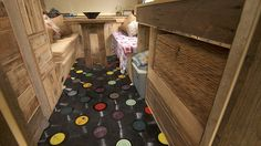 Perhaps one of the most eye-catching parts of the project is the floor made from old vinyl records