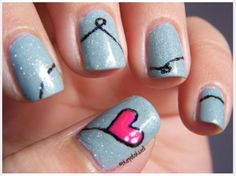 Heart balloon nails
