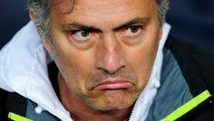"""Mourinho furioso dopo il match: """"Porterò degli occhiali per farvi vedere meglio il match!"""" - http://www.maidirecalcio.com/2015/10/31/mourinho-furioso-dopo-il-match-portero-degli-occhiali-per-farvi-vedere-meglio-il-match.html"""