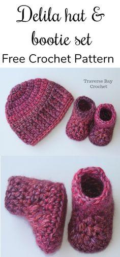 Quick easy crochet baby booties  