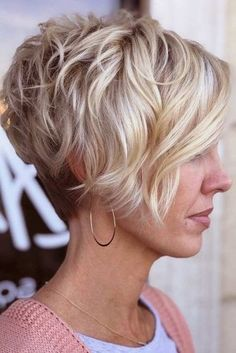 Hairstyle. Ideas for fantastic looking hair. Your own hair is without a doubt exactly what can easily define you as a person. To most people today it is undoubtedly important to have a great hair style.