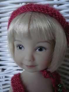 Lily, petit bouchon... (poupée Heartstring Dolls)