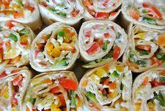 Πολύχωμο, νόστιμο & υγιεινό θα γίνει ένα από τα αγαπημένα σας ελαφριά γεύματα. Και με την εντυπωσιακή του εμφάνιση είναι ιδανικό ορεκτικό για μπουφέ ή πάρτυ!