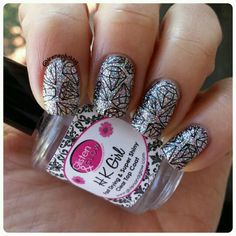 day 22: diamonds #bomnailartapril  Funky Fingers Sand & Stilettos stamped with Yoga Pants @dripdropnailpaint @uberchicbeauty plate 2-02 and my favorite topcoat HKgirl @glistenandglow1