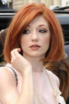 Auburn, cherry and electro: These are the best celebrity redhead looks - Taking Geri Halliwell's former crown as the most famous redhead in pop, Nicola Roberts has dabble - Nicola Roberts, Shades Of Red Hair, Red Hair Color, 50 Shades, Beautiful Red Hair, Gorgeous Redhead, Beautiful Women, Pixie Hairstyles, Pixie Haircut
