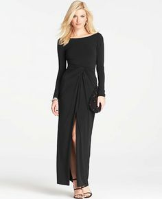 Modern Gala Jersey Long Sleeve Gown by Ann Taylor Dress To Hide Belly, Dresses To Hide Tummy, Gala Dresses, Evening Dresses, Figure Flattering Dresses, Long Sleeve Gown, Look Fashion, Spring Fashion, Womens Fashion