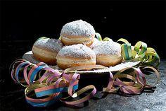 krapfen Radios, Desserts, Food, Beignets, Bakken, Tailgate Desserts, Deserts, Essen, Postres