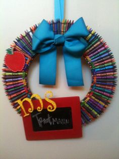 Crayon Wreath by fabulousglamour on Etsy ~ Perfect for Sister