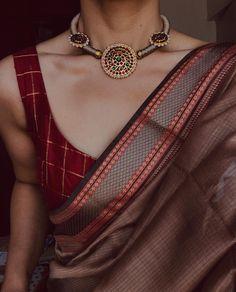 🍂 | #styling . . . Jewellery @rajianand Blouse @pretty_girl_fashionwear