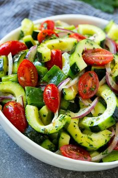 Low Unwanted Fat Cooking For Weightloss Cucumber Tomato Salad Recipe Cucumber Salad Tomato Salad Vegetable Salad Salad Recipes For Dinner, Summer Salad Recipes, Salad Dressing Recipes, Dinner Salads, Healthy Salad Recipes, Summer Salads, Vegetarian Snacks, Delicious Recipes, Appetizer Recipes