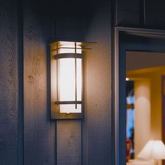 Hubbardton Forge Banded 1 Light Outdoor Sconce