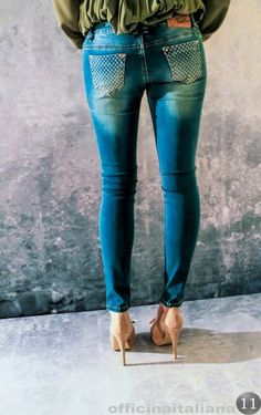 #jeans con tasca strass