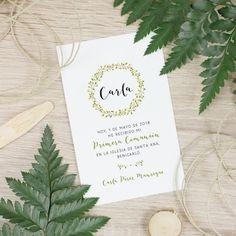 Recordatorio primera comunión modelo Corona Verde. #thisiskool #recordatorio #comunion #detallecomunion Ideas Originales, Place Cards, Place Card Holders, Lettering, Blog, Cata, Events, Model, Green Wreath