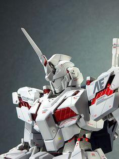 """RX-0 """"Unicorn"""""""