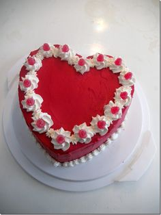 162 Best Decorated Heart Cakes Images Heart Cakes Heart Shaped