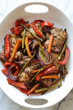 Balsamic Chicken with Roasted Vegetables – an easy meal-in-one! Smart Points: 8 Calories: 401