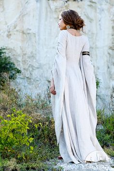 "WHITE Linen Chemise ""Archeress""; Fixed Sizes; Ready to Ship; Medieval Renaissance Dress; Discounted Price"