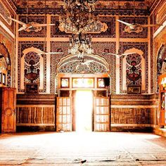 inside the sadiq garh palace