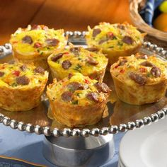 Breakfast: Hash Brown Casserole Muffin Cups...want to try these with a sweet potato hash!