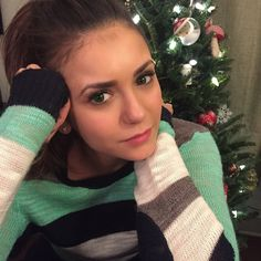 My fav winter style tip: try matching your eye color to your favorite winter sweater! Check out Facebook.com/AIROPTIXCOLORS for more fashion tips by my favorite stylist @IlariaUrbinati #AirOptixColors #Spon. Ask your eye doctor for complete wear, care, and safety information.
