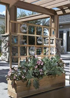 Trellis with planter box as anchor- THAT is what I need for my herbs!!!