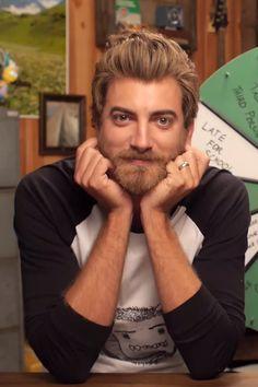 Adorable Adult Man // Rhett McLaughlin Master And Commander, Good Mythical Morning, Lifelong Friends, I Have A Crush, Markiplier, Look Alike, Good Looking Men, Man Crush, Pretty People