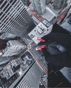 Crazy rooftopper of the day : @jazzy.vibes  Captured city : Toronto   Follow us on Facebook for more craaazy pics 'Rooftopping Official'   #Contest >>> Use our hashtag #RooftoppingOfficial or name us @rooftoppingofficial in the comment section to get feature   Best #Rooftopping hashtags: #Rooftop_prj #Ontheroofs #Chasing_rooftops #Heights #Urbex #Urbexpeople #Urbexextreme #UrbanExploration #Cityscape #Urbanscape #Illgrammers #Way2ill #Shoot2kill #Yngkillers #Storror #Freerunning…