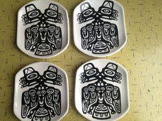 "LAMBERT POTTERIES POTTERY #27 Split Eagle 4 Plates ""West Coast Indian Design"" VG #WestCoast1stNationsDesign Vancouver, David Lambert, Eagle, West Coast, Pottery, Plates, Indian, Design, Ceramica"