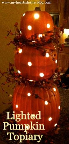 DIY Halloween: DIY Pumpkin Topiary with Light: DIY Halloween Decor