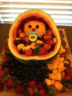 Great baby shower idea for boy or girl! Healthy treats are always a must. Chelsea is the baby fruit goddess! Cute Baby Shower Ideas, Baby Shower Games, Fruit Decorations, Baby Shower Decorations, Shower Bebe, Baby Boy Shower, Shower Orange, Baby Fruit, Watermelon Baby