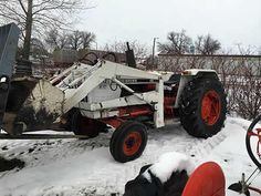 David Brown 1212 tractor salvaged for used parts. This unit is available at All States Ag Parts in Hendricks, MN. Call 877-530-6620 parts. Unit ID#: EQ-25469. The photo depicts the equipment in the condition it arrived at our salvage yard. Parts shown may or may not still be available. http://www.TractorPartsASAP.com