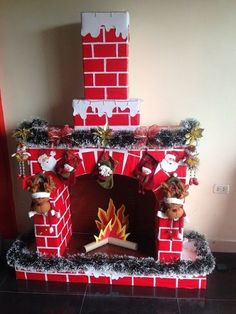 icu ~ How To DIY A Christmas Fireplace From Cardboards Christmas Decorations For The Home, Christmas Crafts For Kids, Xmas Decorations, Simple Christmas, Holiday Crafts, Grinch Christmas, Office Christmas, Christmas Home, Christmas Gifts