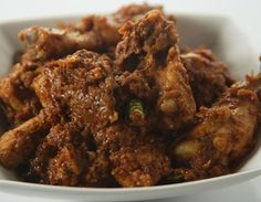 how to make Patiala Chicken -Chicken curry - a speciality of Patiala