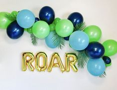Gold Roar Balloons, Dino Balloon Garland, Dinosaur party, T Rex Balloon, Dinosau. 2 Birthday, Dinosaur Birthday Party, 3rd Birthday Parties, Birthday Ideas, Dinosaur Party Games, Elmo Party, Mickey Party, Dinosaur Party Invitations, Lalaloopsy Party