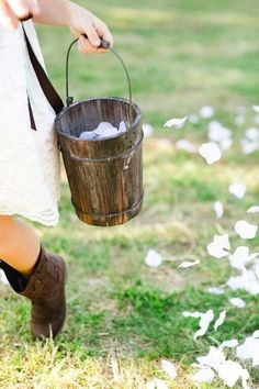 Falling petals are for the flower girl, not your bridal bouquet.